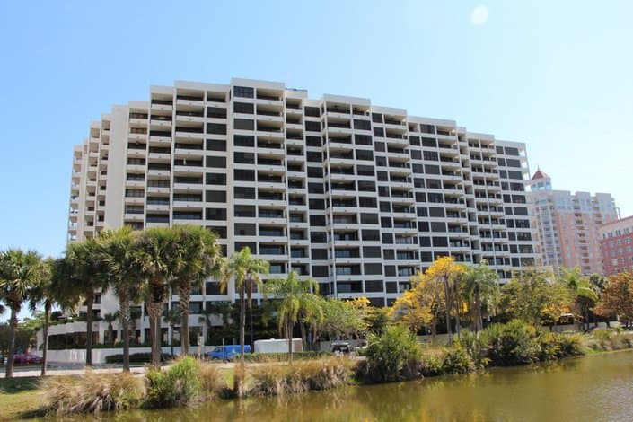 Bay Plaza Condos For Sale - Sarasota, Fl. - Exterior