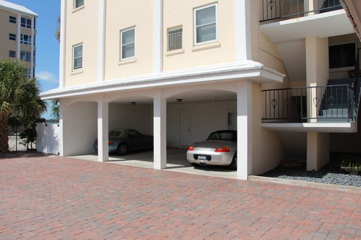 Harbor House Condos - Sarasota, FL - Garage