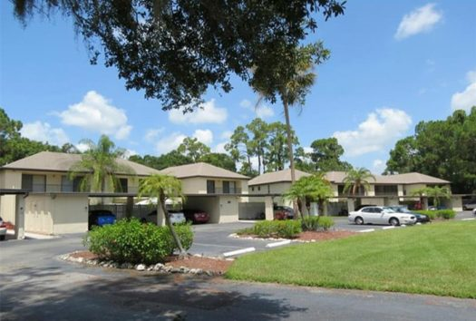 Hollows Condos For Sale | Palm Aire