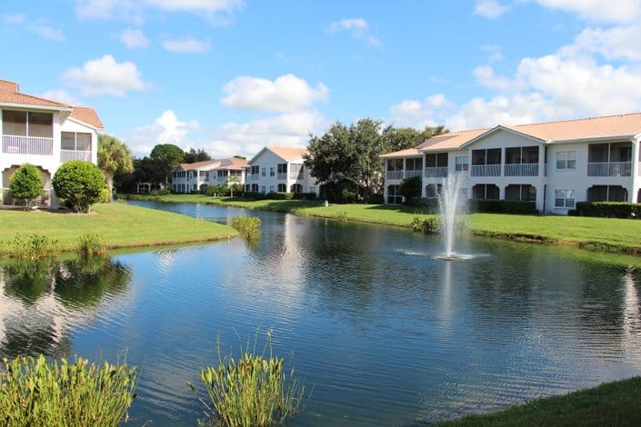 Plaza De Flores Condos For Sale - Palmer Ranch, Sarasota, FL. - Lake Views