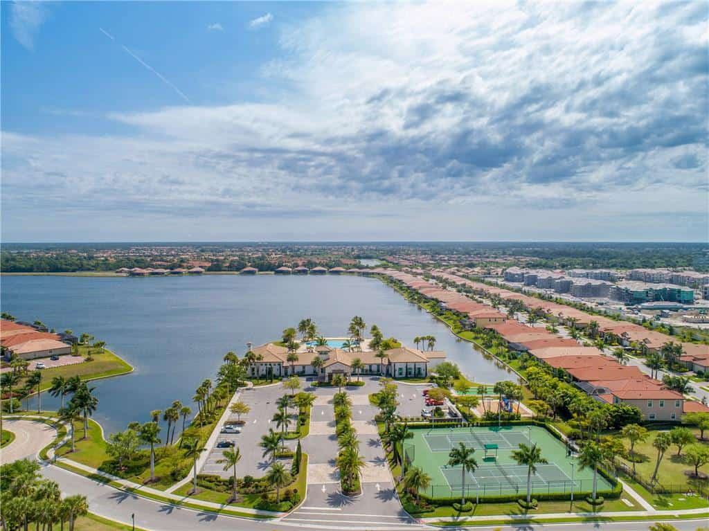 Toscana Isles homes in Venice, FL. - Aerial