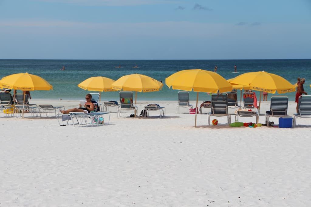 Crescent Towers Condos in Siesta Key, FL. - Private Beach
